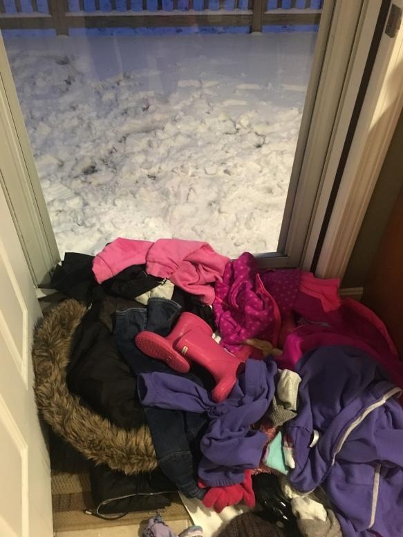 Snow - www.laneandlauren.com